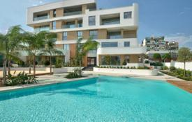 4 bedroom apartments by the sea for sale in Cyprus. New home – Agios Tychon, Limassol, Cyprus