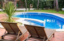 Villas and houses for rent with swimming pools in Spain. Villa – Gava, Catalonia, Spain