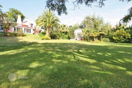 Luxury 6 bedroom houses for sale in Malaga. Villa for sale in Marbella Hill Club, Marbella Golden Mile