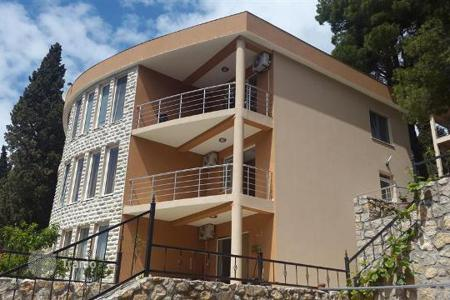 Houses with pools by the sea for sale in Montenegro. Beautiful three-storey villa on the Adriatic sea