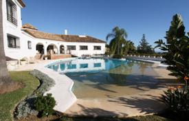 Luxury residential for sale in Estepona. Villa for sale in El Paraiso, Estepona