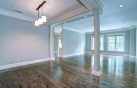 Elegant apartment in a condominium with a tennis court, a business center and a coffee bar, Charlotte, USA for $565,000