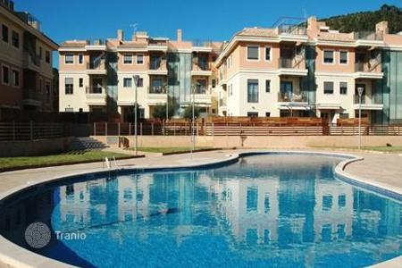 Apartments with pools for sale in Majorca (Mallorca). Apartment – Sol de Mallorca, Balearic Islands, Spain