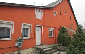 Residential for sale in Monorierdő. Detached house – Monorierdő, Pest, Hungary