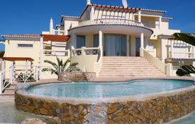 Luxury residential for sale in Portugal. First line clifftop villa at the Atlantic Ocean, Carvoeiro