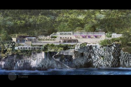 Commercial property to rent in Italy. Recreational – Capri, Campania, Italy