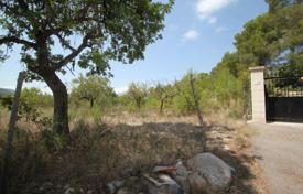 Houses for sale in Calvia. Large plot of land with almond trees, Calvia village, Spain
