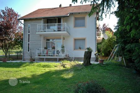 4 bedroom houses for sale in Lake Balaton. Nice Detached House on the Northern Shoreline of the Lake Balaton next to Hévíz