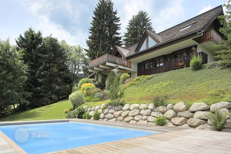 6 bedroom houses for sale in French Alps. Villa – Megeve, Auvergne-Rhône-Alpes, France