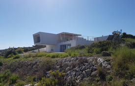 4 bedroom houses by the sea for sale in Italy. Seaside villa with a big plot and a private access to the beach in Campolato, Sicily, Italy