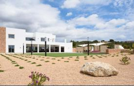Luxury 6 bedroom villas and houses to rent in Spain. Spacious villa with a garden, a pool, a guest apartment and mountain views, near the beach, Ibiza, Spain