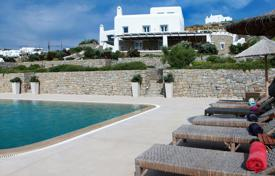 Houses with pools for sale in Mikonos. Villa – Mikonos, Aegean Isles, Greece