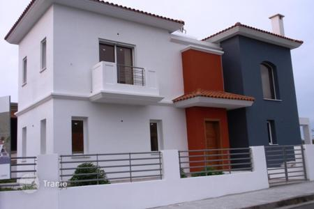 Houses for sale in Moni. Three Bedroom Detached Houses