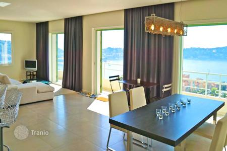 3 bedroom apartments for sale in France. Elegant apartment with a balcony and a sea view, near the city center, Villefranche-sur-Mer, France