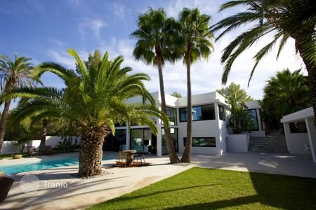 5 bedroom villas and houses to rent in Ibiza. Detached house – Ibiza, Balearic Islands, Spain