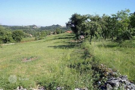 Development land for sale in Motovun. Building land BUILDING PLOT FOR SALE!