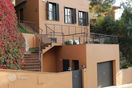 3 bedroom houses for sale in Sant Pol de Mar. TOWER