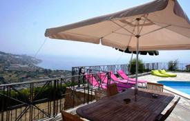 Houses with pools for sale in Sanremo. Luxury villa for sale in San Remo