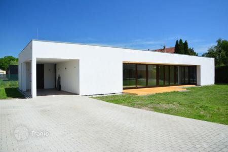 4 bedroom houses for sale in Central Bohemia. Detached house – Kladno, Central Bohemia, Czech Republic