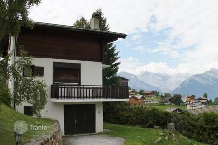4 bedroom houses for sale in Alps. Chalet in the ski resort of Nendaz, Switzerland