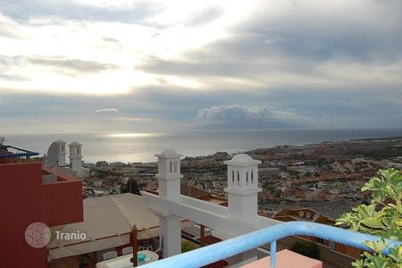 2 bedroom apartments by the sea for sale in Adeje. Apartment – Adeje, Canary Islands, Spain