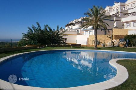 Houses with pools for sale in Finestrat. Villa - Finestrat, Valencia, Spain