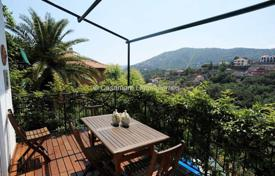 Houses for sale in Alassio. Alassio villa with sea view for sale