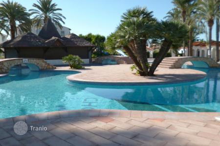 Cheap 1 bedroom houses for sale in Europe. Villa - Denia, Valencia, Spain