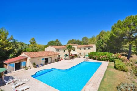 Houses for sale in Muan-Sarthe. Villa – Muan-Sarthe, Côte d'Azur (French Riviera), France