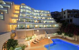 Apartments with pools for sale in Rethimnon. Two-bedroom luxury apartment in a SPA complex, Rethymnon, Crete, Greece
