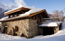 Residential to rent in Normandy. Chalet with private garden, sun terrace, outdoor hot tub and mountain view in Les Bois, French Alps, France