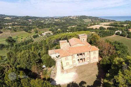 Residential for sale in Pesaro. Storic residence in Marche