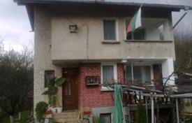 Houses with pools by the sea for sale in Bulgaria. Townhome – Botevgrad, Sofia region, Bulgaria