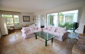 3 bedroom houses for sale in Majorca (Mallorca). Villa – Costa de la Calma, Balearic Islands, Spain