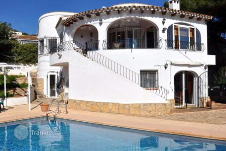 5 bedroom houses for sale in Benimeit. Villa of 5 bedrooms with private pool and sea views in the mountains of Benimeit, in Moraira