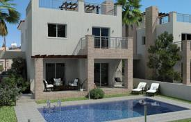 Houses with pools by the sea for sale in Paphos (city). Villa – Paphos (city), Paphos, Cyprus