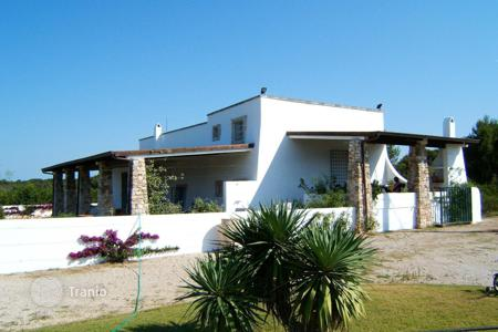 Property for sale in Apulia. Villa with a sew view, Lecce, Italy