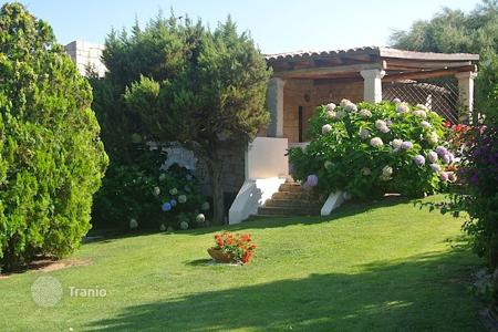 Coastal villas and houses for rent in Sardinia. Villa – Porto Rotondo, Sardinia, Italy