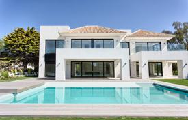 5 bedroom houses for sale in Costa del Sol. Magnificent Contemporary Villa, Casasola, Estepona