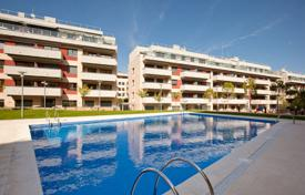 2 bedroom apartments by the sea for sale in Lloret de Mar. New two-bedroom apartment 650 meters from the beach on the Costa Brava, Lloret de Mar