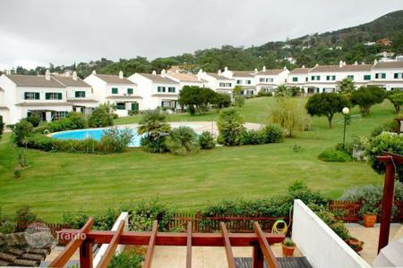 Townhouses for sale in Portugal. Townhouse in a closed condominium Cascais