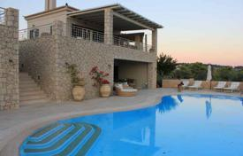 5 bedroom houses for sale in Porto Cheli. Traditional villa in Porto Cheli, Greece. Comfortable house with terraces, a lounge and a panoramic sea view