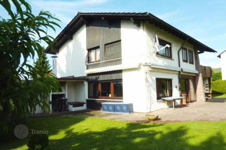 Residential for sale in Baden-Wurttemberg. Spacious villa in Baden-Baden