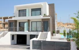 4 bedroom houses for sale in Costa Blanca. Villa – Alicante, Valencia, Spain