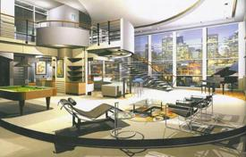 Property for sale in Dallas. Full-floor penthouse with a view of the city, in a residence with a swimming pool, in the center of Dallas, Texas, USA