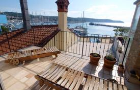 Coastal residential for sale in Slovenia. Terraced house – Izola, Obalno-Cabinet, Slovenia