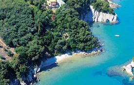 Villa – Corfu, Administration of the Peloponnese, Western Greece and the Ionian Islands, Greece for 3,000,000 €