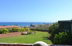 Coastal houses for sale in Gran Canaria. Exclusive villa in San Agustin