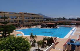 Apartments with pools for sale in Adeje. Apartment – Adeje, Canary Islands, Spain