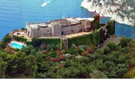 Coastal chateaux for sale in Italy. Castle – Capri, Campania, Italy